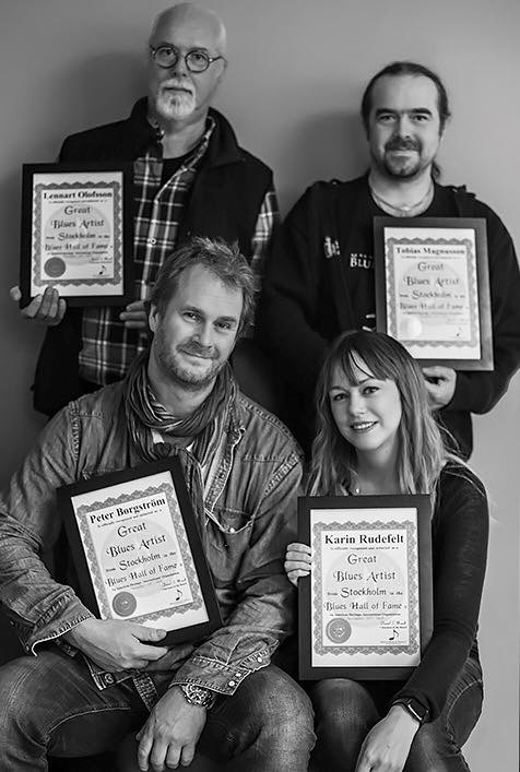 Karin Rudefelt &doctor Blues with their Blues Hall of Fame diplomas.